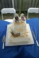 The perfect cake for a beach wedding!